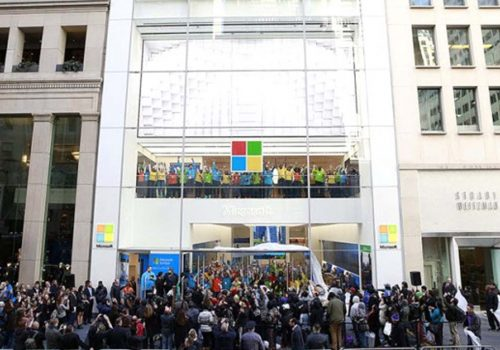 Microsoft, Londra'da mağaza açıyor!