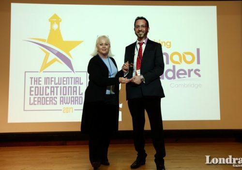 Kıbrıslı Türk eğitimciye Cambridge'den ödül