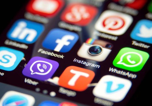 Sosyal medyada tarihin en büyük kesintisi yaşandı