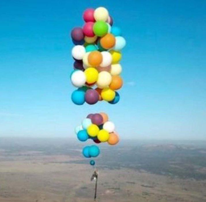 100 balon ve bir kamp sandalyesi ile havalandı
