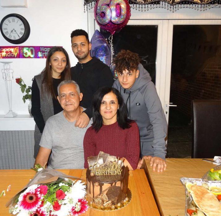 Hüseyin Gazioğlu'ndan eşine sürpriz kutlama