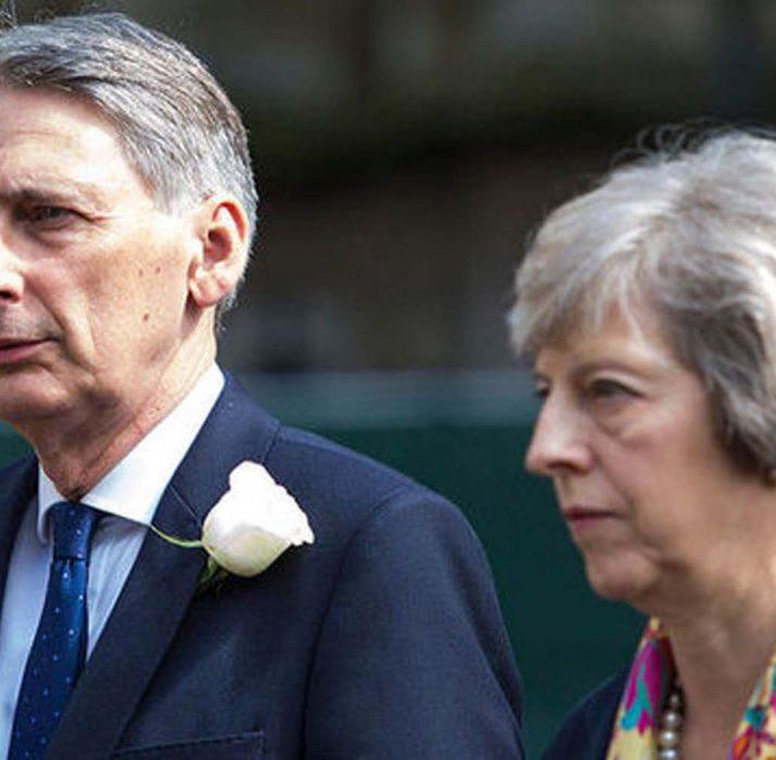 Budget: Hammond faces spending dilemma, says IFS