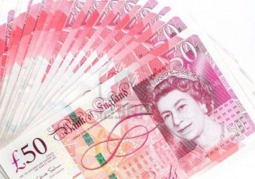 Sterlin, dolar karşısında son 13 ayın en düşük seviyesinde…