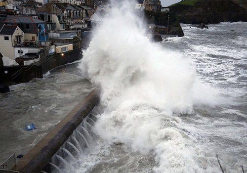 İngiltere'de Brian fırtınası için uyarı
