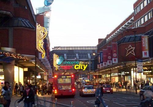 Londra'da iş yerlerinden alınan vergiler artacak