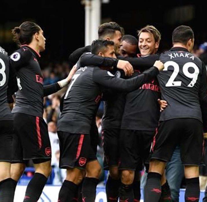 Arsenal 5 golle kazandı