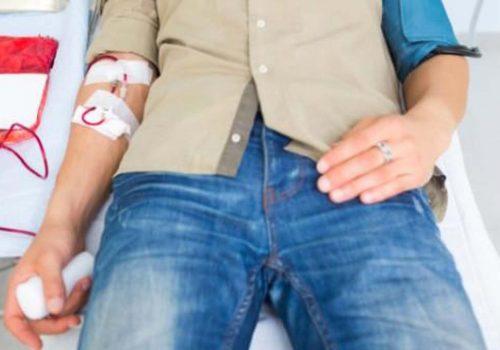 Hamile kadından kan almak erkeği öldürüyor