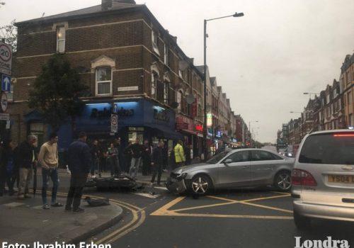 Haringey'de trafiği durduran kaza