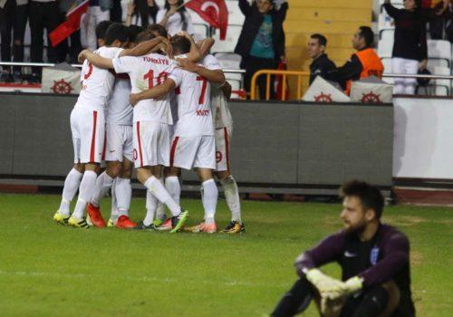 İşitme Engelli Milli Futbol Takımımız, İngiltere'yi 5-0 mağlup etti