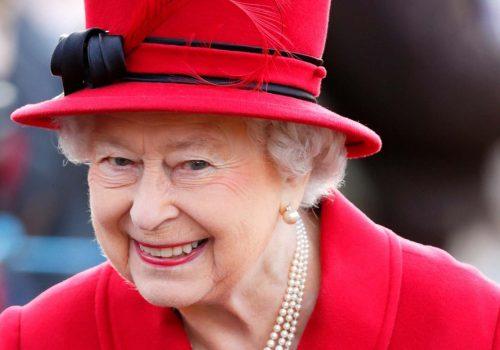 Paradise belgelerinde İngiltere Kraliçesi bile var