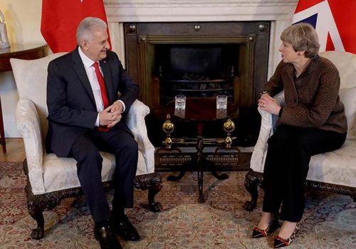 Turkish PM Yıldırım, UK PM May discuss anti-terror fight, Middle East