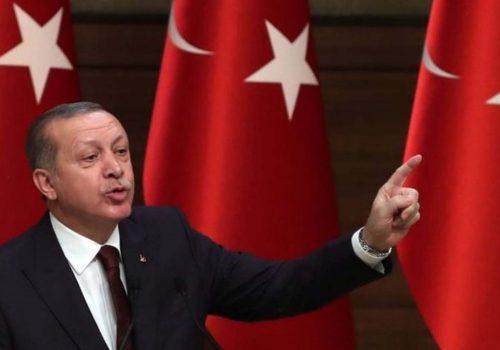 Erdoğan Merkez Bankası'nı eleştirdi, Dolar/TL kuru 3,90'ı gördü