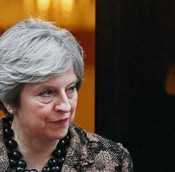Brexit: Broad agreement to pay more as UK leaves, the BBC understands