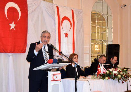 Akıncı meets Turkish expats