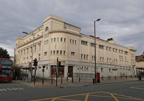 Golders Green'de açılacak 'İslam Merkezi' için yapılan ırkçı saldırılar kınandı