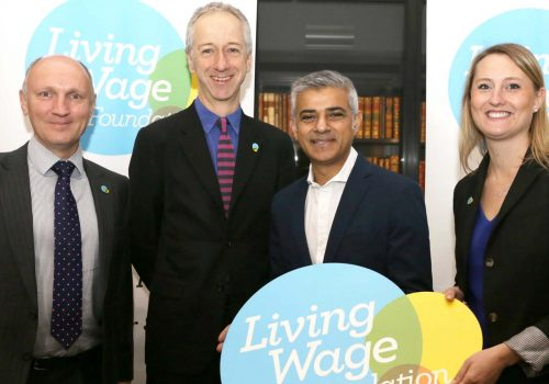 London's minimum wage rises to £10.20