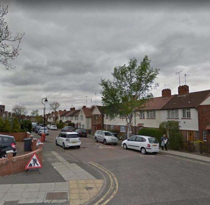 Kuzey Londra'da bir kadın bıçaklanarak öldürüldü