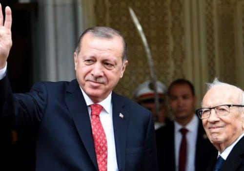 """""""Erdoğan yıl boyu Avrupa'ya fırça attı, şimdi iyiyi oynuyor"""""""