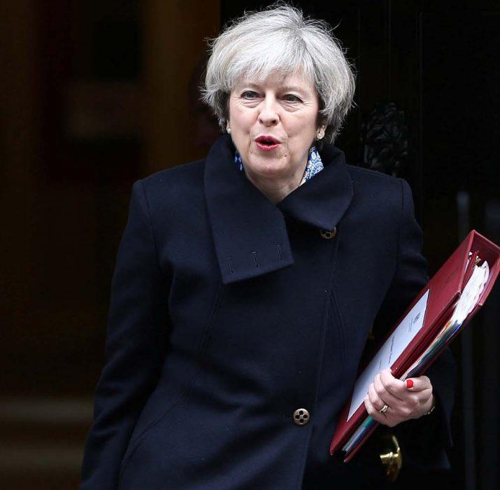May, Brexit anlaşması için kabine desteğini aldı