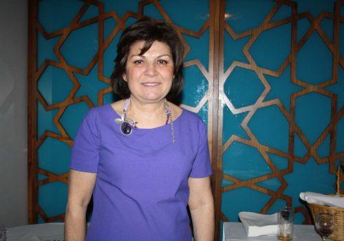 Jale Özer geçmişten günümüze Türk kadınını yazdı