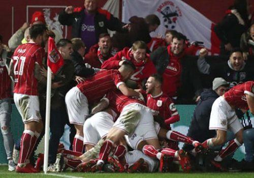 United, Lig kupasında elendi