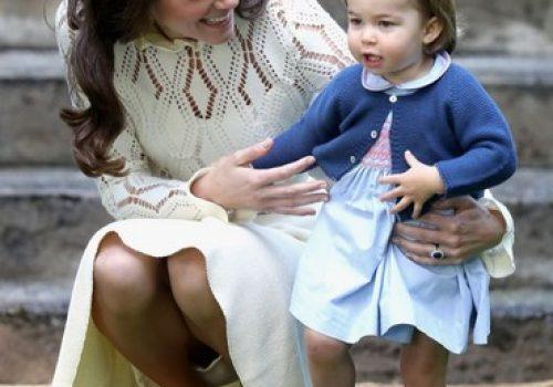 Küçük prenses Charlotte okula başlıyor