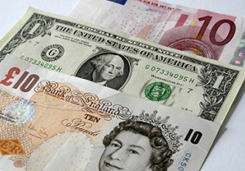 Pound hits $1.40 for first time since Brexit vote