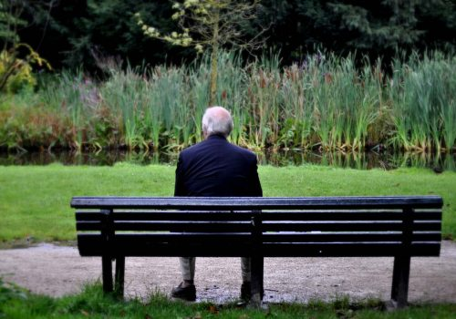 İngiltere'de 'yalnızlıktan sorumlu' bir bakanlık kuruluyor