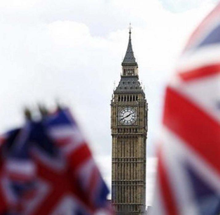 İngiltere'de enflasyon 6 ay sonra ilk kez düştü