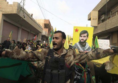 """""""Rojava'nın geleceği pamuk ipliğine bağlı"""""""