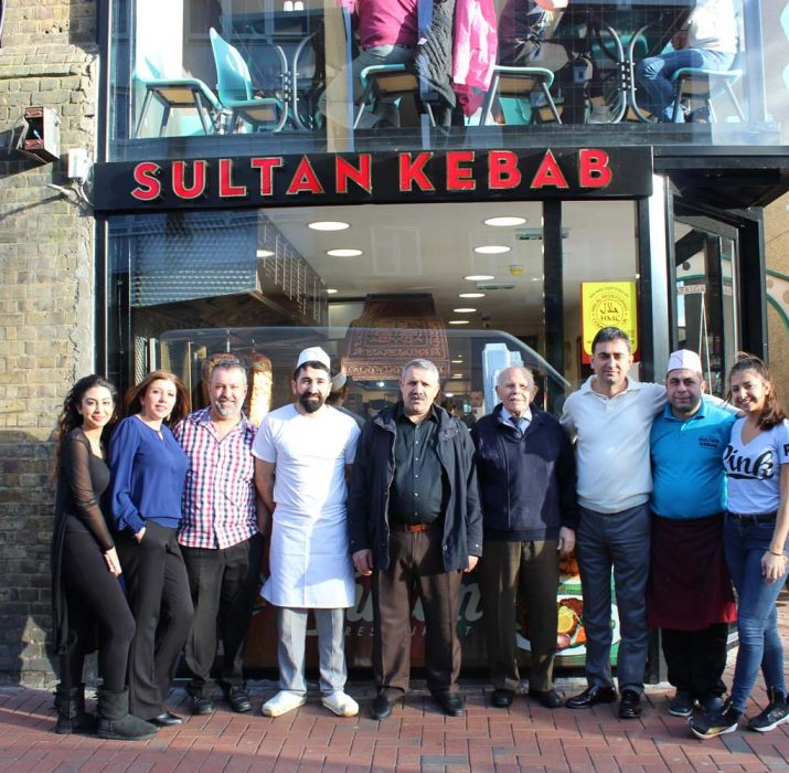 Pembe Sultan Restaurant Edmonton'da açıldı