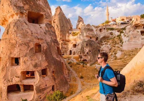 Financial Times: Turistler Türkiye'ye geri dönüyor