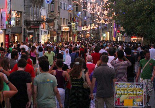 TÜİK: Türkiye nüfusu 80 milyonu geçti