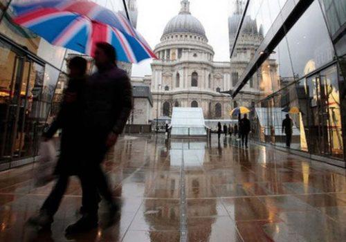 İngiltere'de perakende satışlar hafif bir artış gösterdi