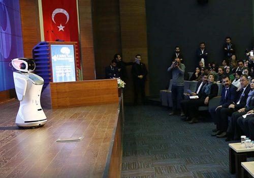 Robot silenced for interrupting Turkish minister's speech in Ankara