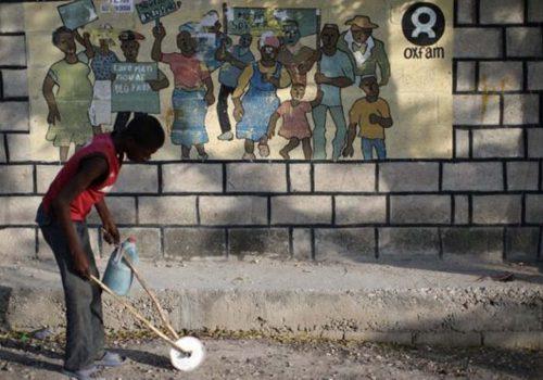 Oxfam: Haiti'deki skandalın zanlıları tanıkları tehdit etti