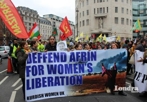 BBC önünde Afrin protestosu