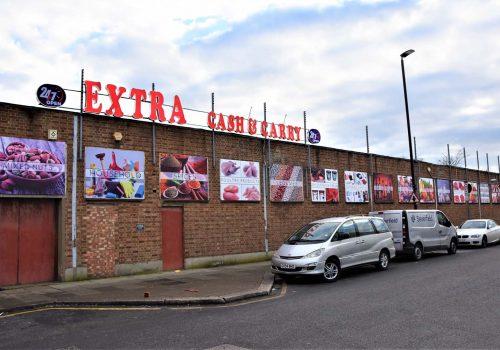 7 gün 24 saat hizmet veren Extra Cash & Carry açıldı