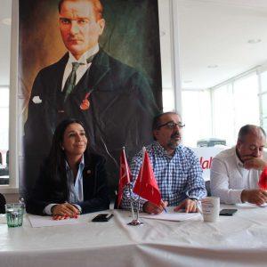 CHP İngiltere Birliği'nde Gülay Yedekçi paneli
