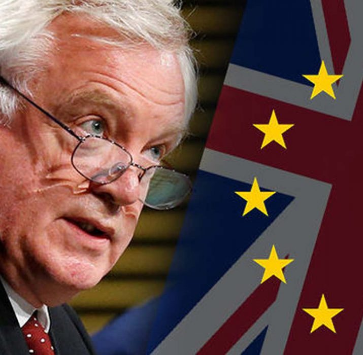 Brexit Bakanı David Davis istifa etti