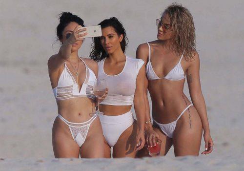 Kim Kardashian Kars'lı çıktı!