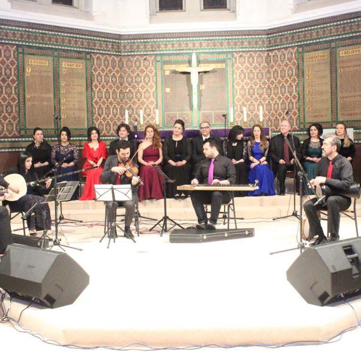 Music performance by 'Hoş Seda'