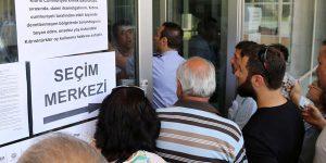 4 Kıbrıslı Türk, Rum Yüksek Mahkemesi'ne başvurdu