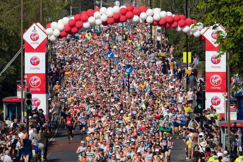 Sıcağa rağmen 40 bin kişi koştu