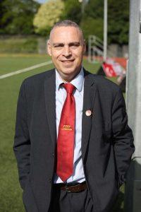 Soner Mustafa istifa etti!