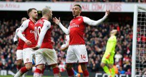 Arsenal 3-0 galip