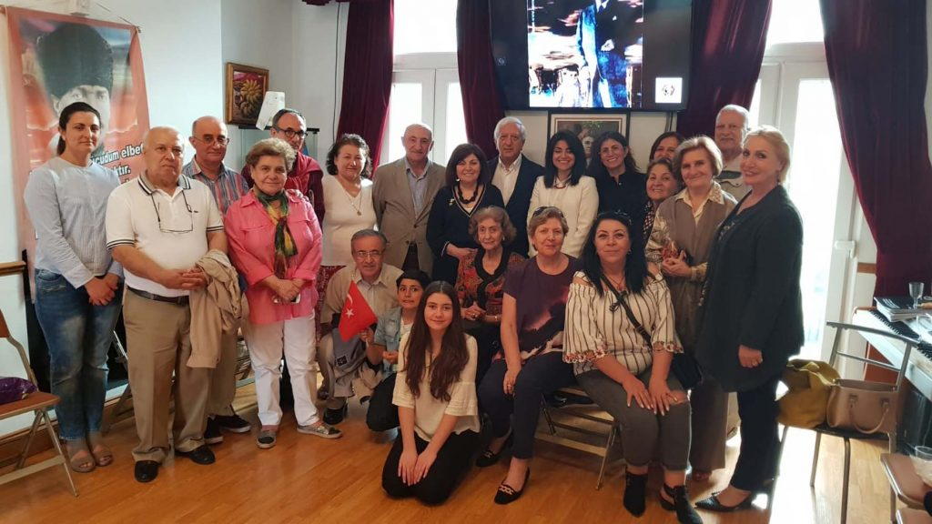 IADD held a reception for 23 April