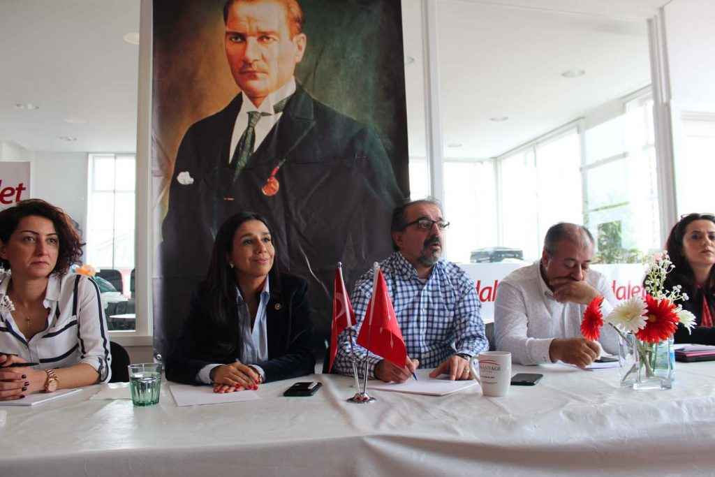 CHP organised a panel with Gülay Yedekçi