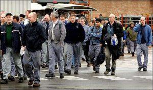 İngiliz işçiler göçmen işçilerden daha pahalı ve tembel