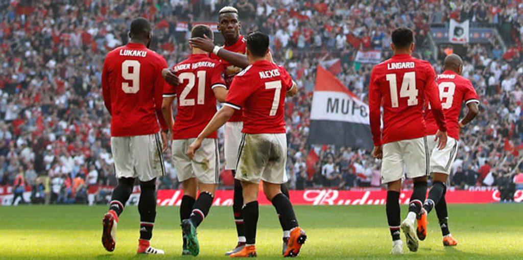 Manchester United ilk finalist
